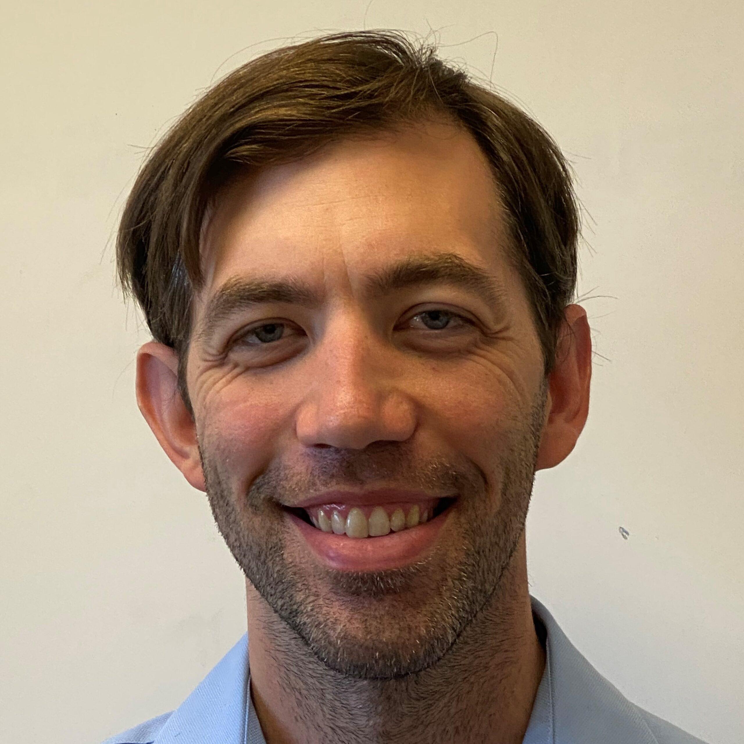 安德鲁·麦德林,DDS |牙医